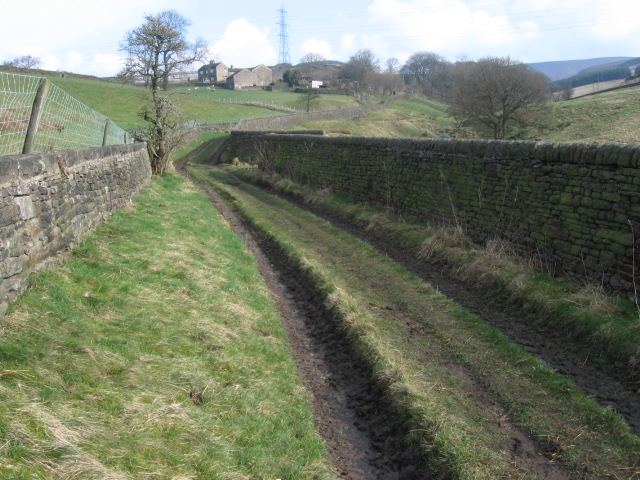 Footpath towards Arnfield