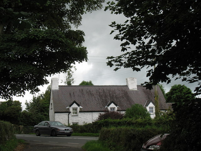 Ty'n Llan, Llanallgo, from St Gallgo Church