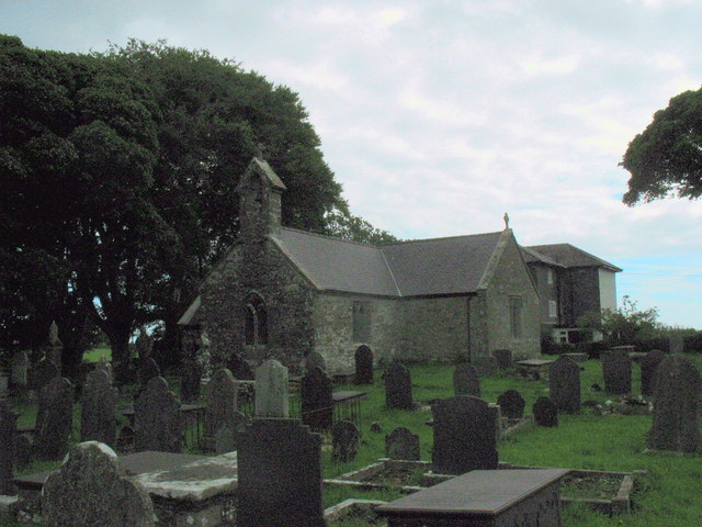Eglwys St Gallgo Church from the West
