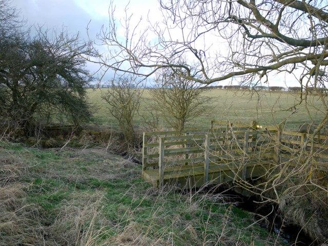 Footbridge south-west of Pens Close