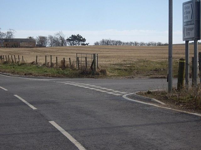 B979 at South Auchinclech crossroads