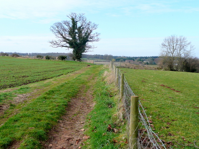 Footpath to Briery Hill