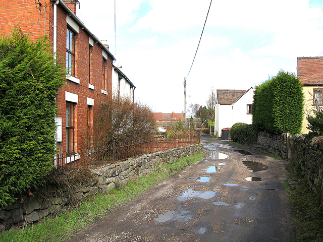 Shrubbery Road, Red Lake