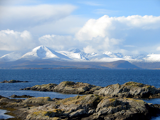 Foreshore rocks at Sgeirean an Uisge Ghlais