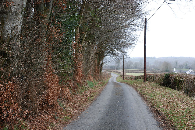 Minor road west of the Nant Ceilog