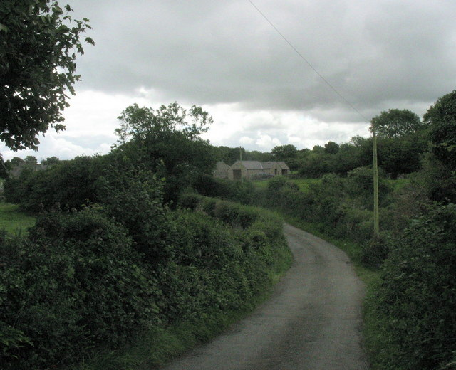 The back-road to Marian-Glas