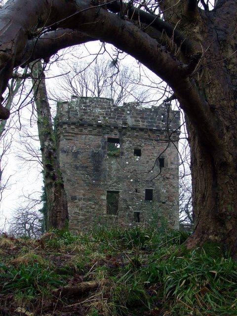 Inverkip Castle