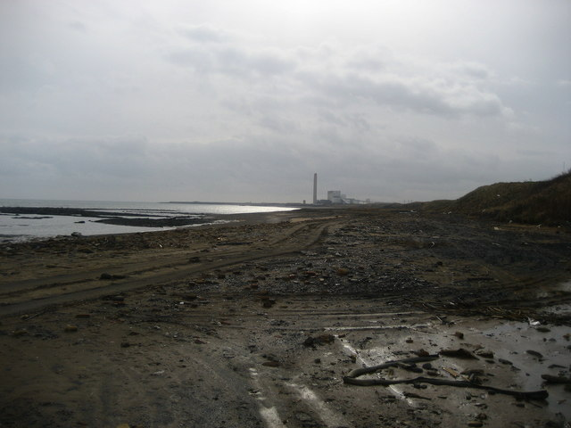 Rubbish on Lynemouth Bay
