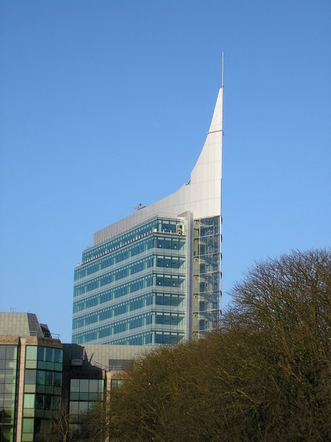 The Blade from the Inner Ring road, Reading