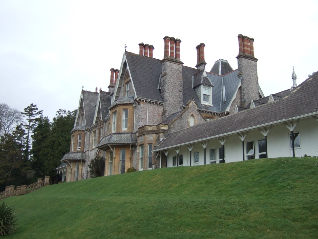 Brunel Manor