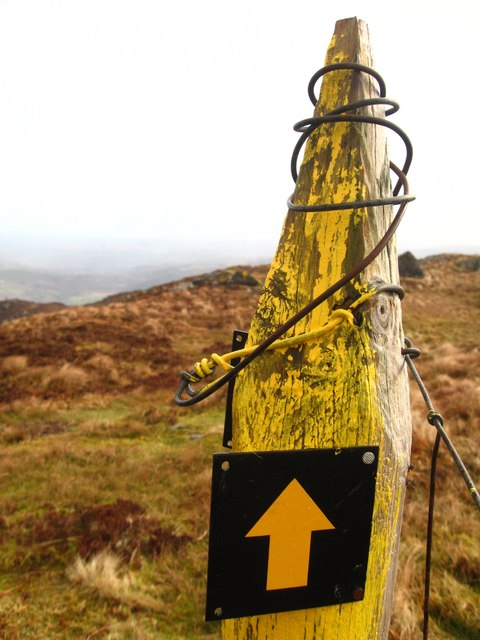 Yellow marker post on the Shehy Mountain range