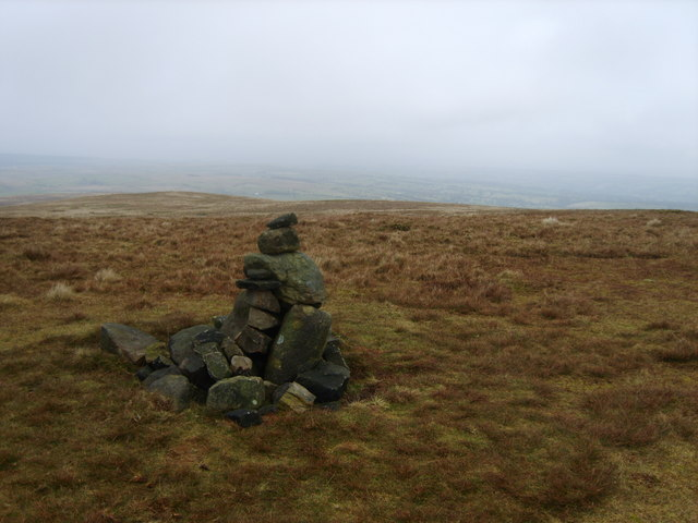 Cairn, Easington Fell