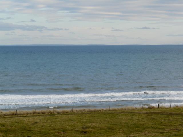 Shoreline near Ballinreach