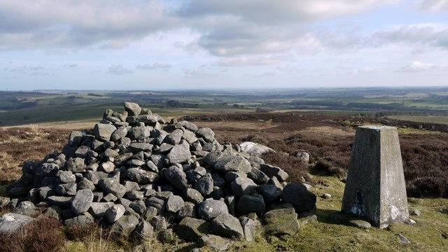 Cairn on Garleigh Hill