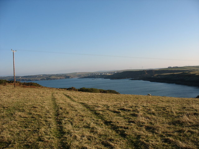 View eastwards towards Cemaes Bay from the neck of Wylfa Head