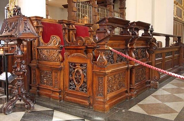 St Botolph without Bishopsgate - Stalls
