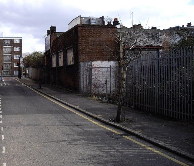 Medlar Street