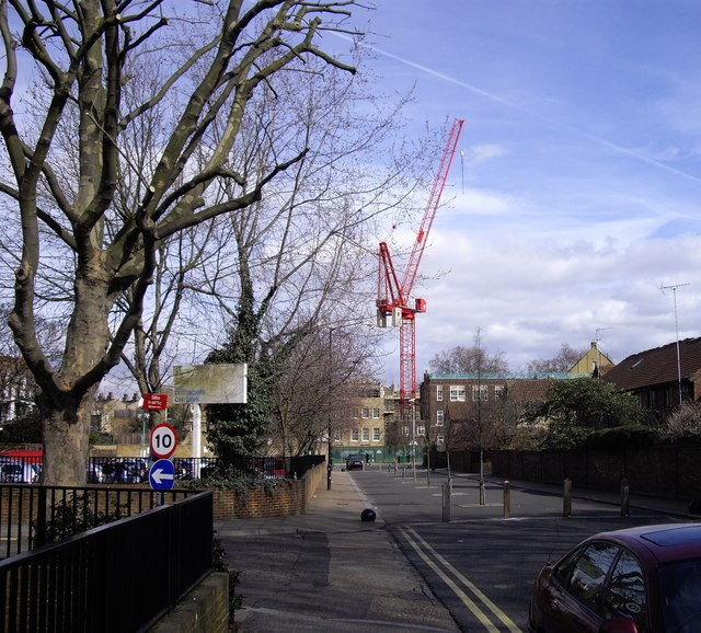 Crane in Grove Lane