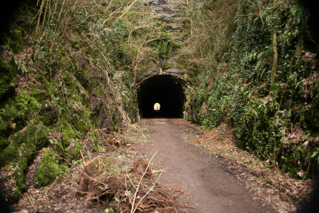 Shute Shelve Tunnel
