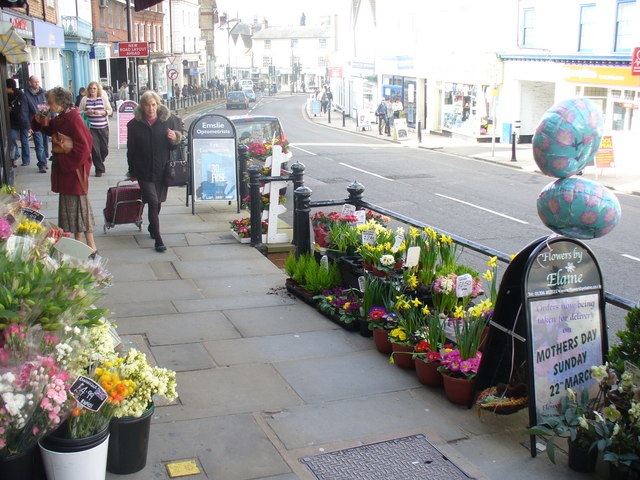 The Pavement, Dorking High Street