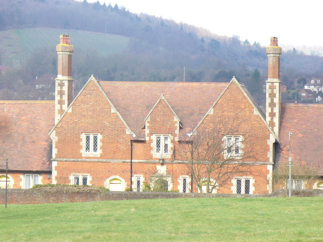 The Almshouses, Cotmandene