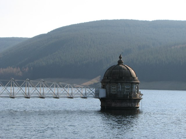 Water intake tower at Talla Reservoir