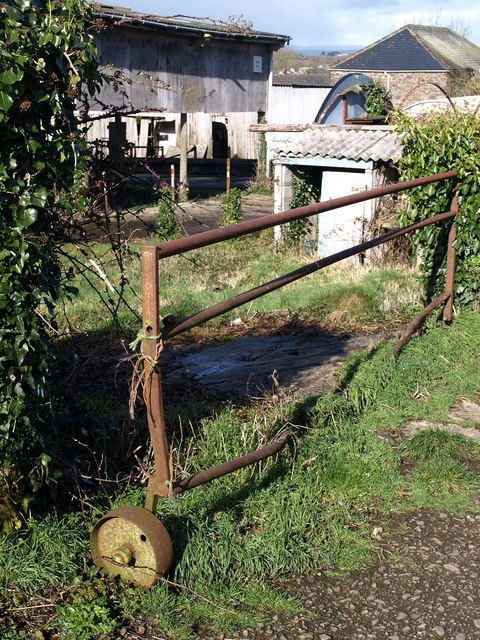 Wheeled gate, Churchtown Farm
