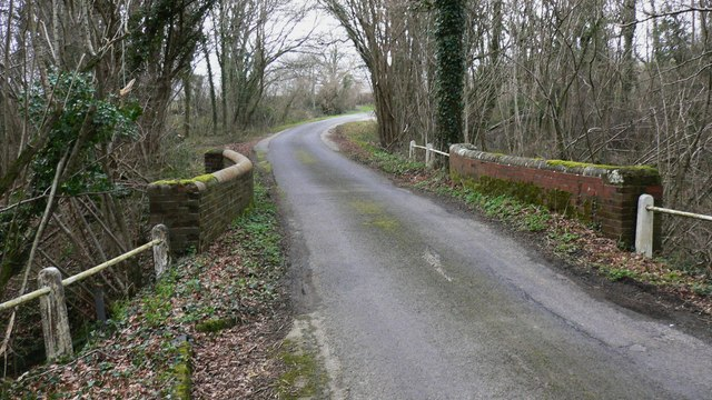 Bridge near Hammer Cottages east of Northchapel