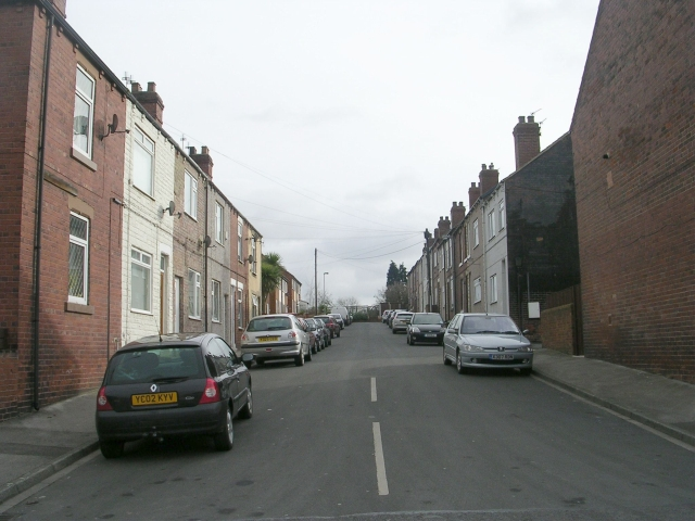 Gladstone Street - Featherstone Lane