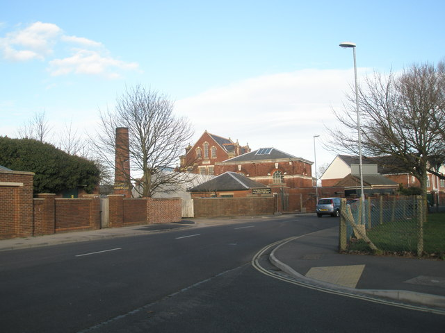 Junction of Halliday Crescent and Bransbury Road