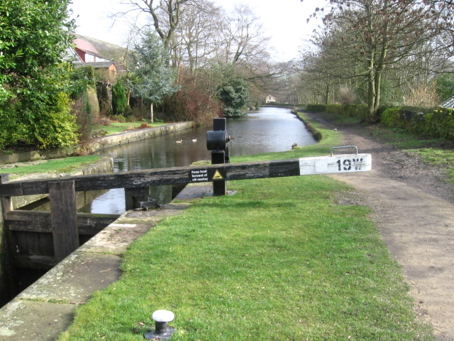 Huddersfield Narrow Canal near Grasscroft