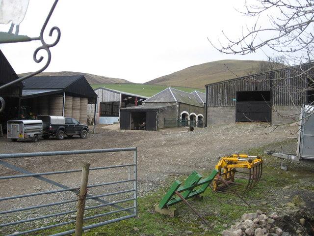 The farmyard at Tinnis Farm
