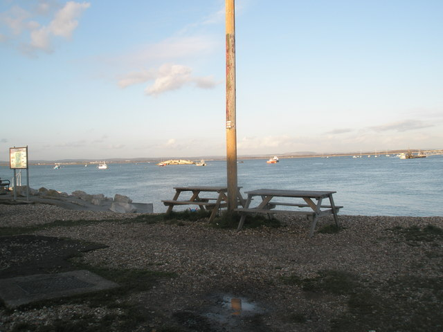 Picnic area by the RNLI Station at Eastney