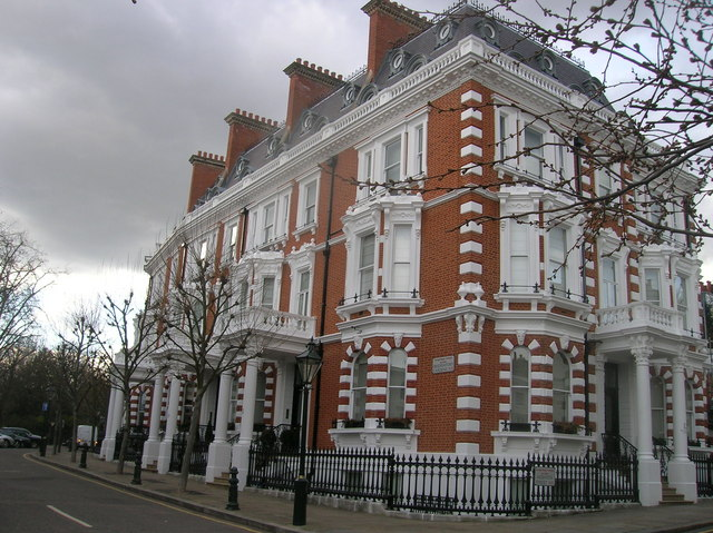 Observatory Gardens W8 at the Junction of Hornton Street W8