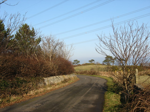 Bend in the road to Wylfa Head