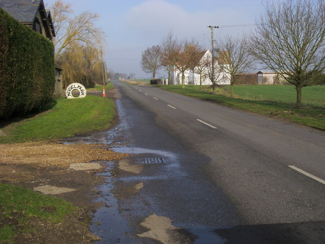 Road to Grafham