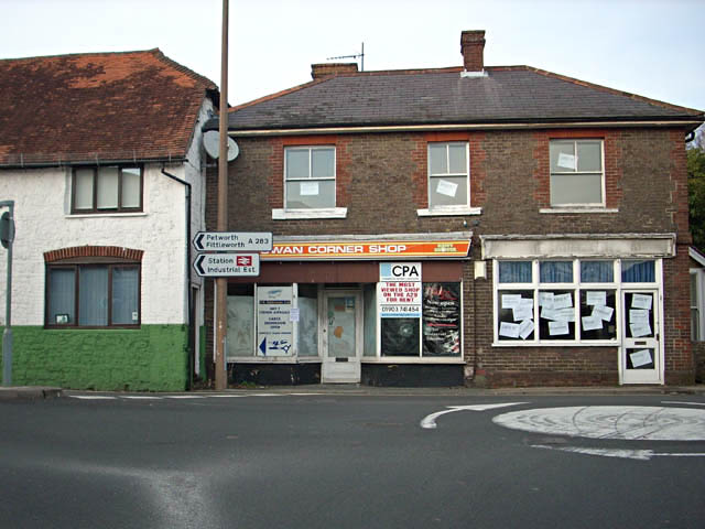 The most viewed shop on the A29 for rent
