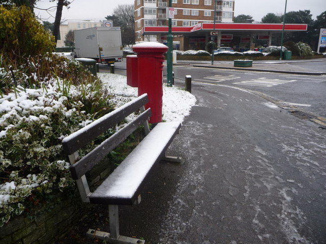 Bournemouth: snowy bench and postbox
