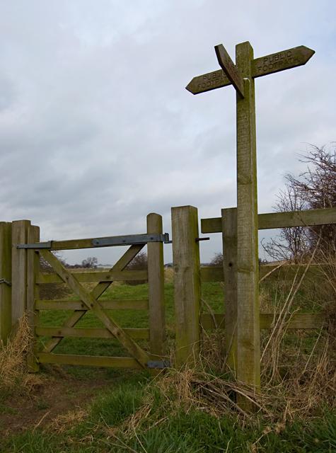 Footpath signpost near Aike