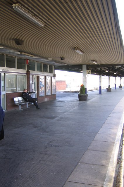 Gloucester Railway Station, Platform 2