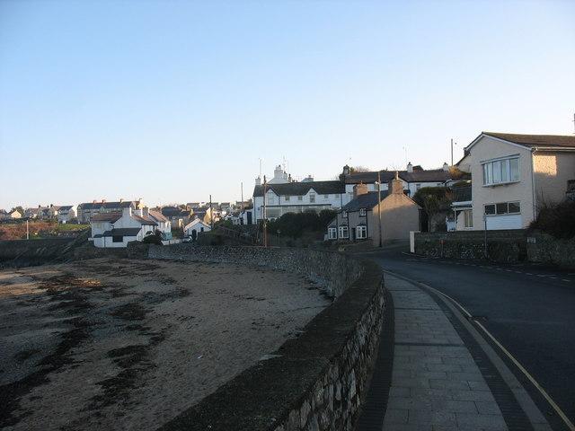 Houses in Ffordd y Traeth/Beach Road, Cemaes