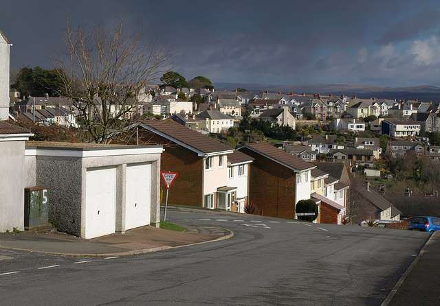 Junction of Broad Walk with Chichester Crescent, Saltash