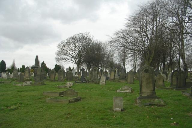 Featherstone Cemetery - Cutsyke Road