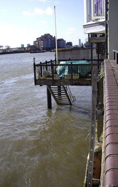 Private Thames side Pier