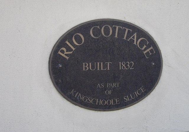 Sign 'Rio Cottage'