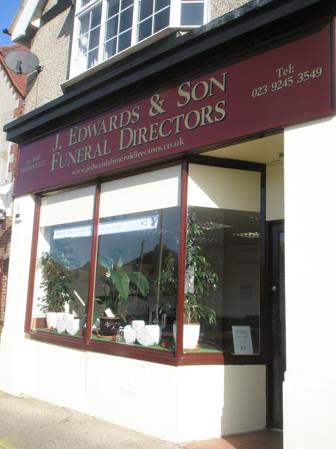 Business now relocated to Bedhampton Road