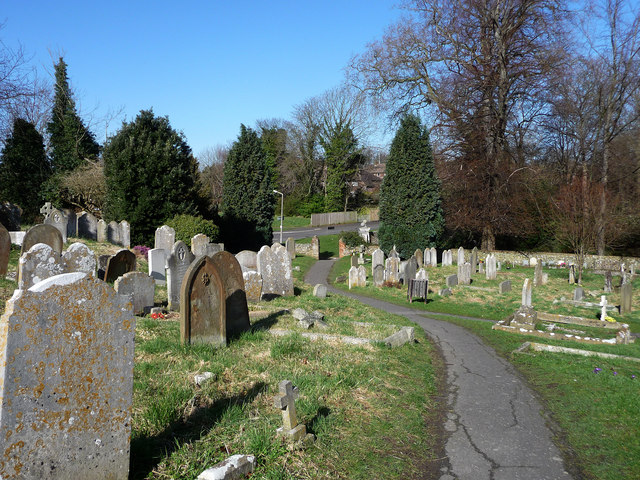 St Andrew's Steyning, churchyard