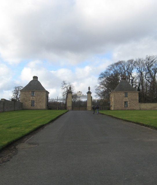 The entrance to Floors Castle