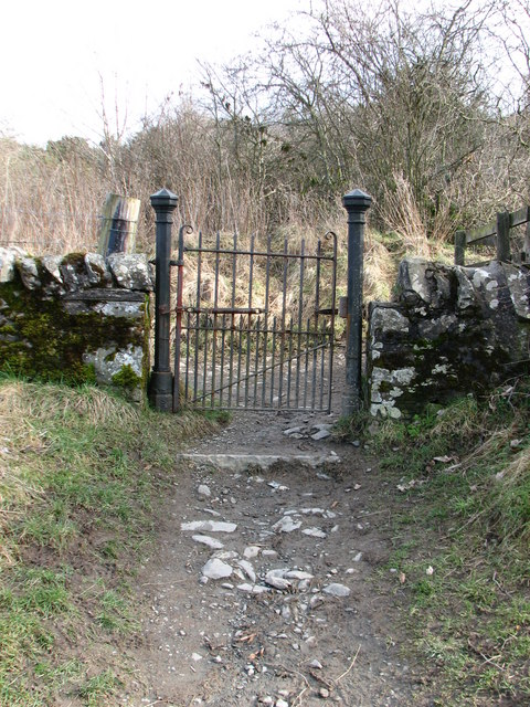 Gateway to Selkirk Hill