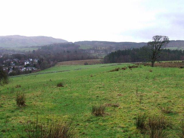 Fields above Inverkip